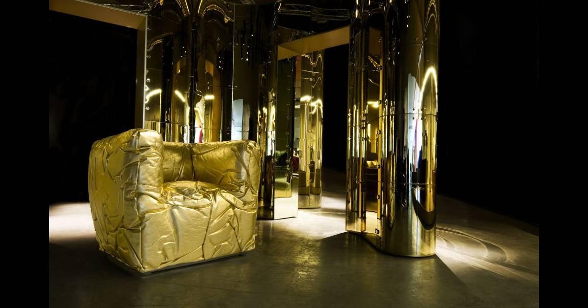 le fauteuil sponge par edra. Black Bedroom Furniture Sets. Home Design Ideas