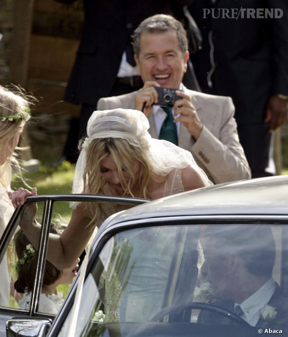 Présent à chaque étape de sa vie, Mario Testino a même immortalisé le mariage de la Brindille cet été.