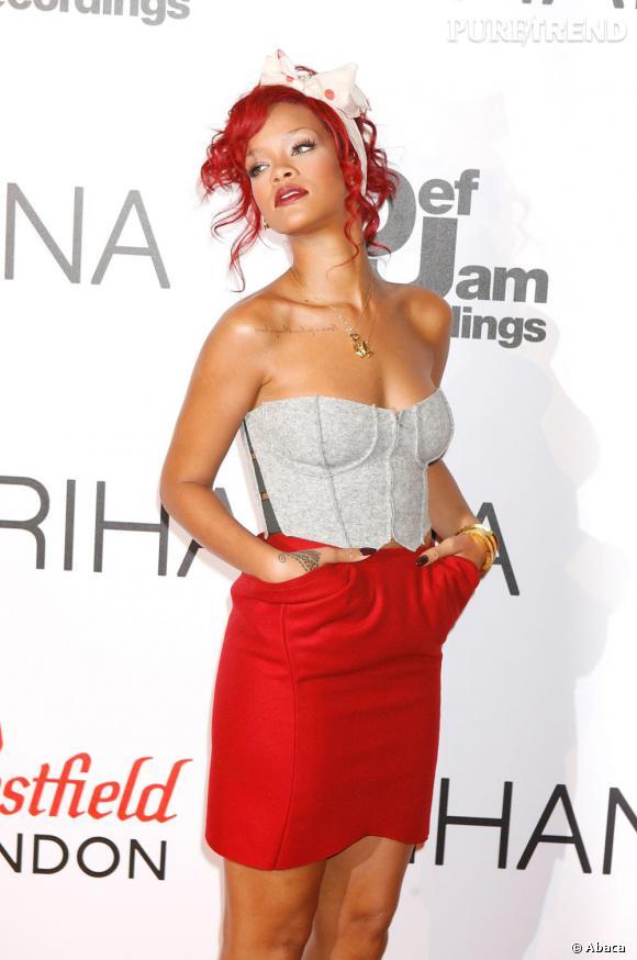 """Rihanna vient de sortir son nouveau clip """"You Da One """" qui fait une nouvelle fois polémique."""