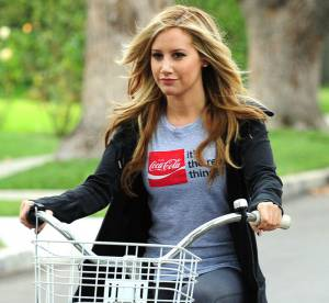 Ashley Tisdale, la vie est belle a bicyclette