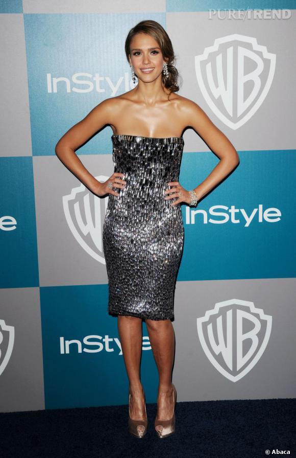 Jessica Alba, un petit bijou à l'after party des Golden Globes 2012.