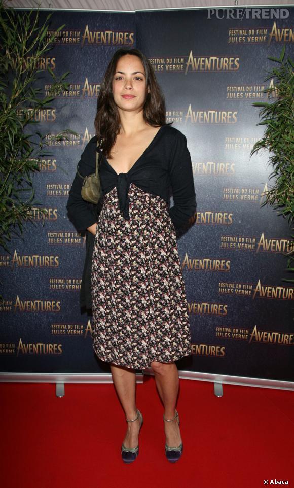 Pour le Jules Verne Festival en 2007, Bérénice Bejo opte pour une robe imprimée qui ne la met pas vraiment en valeur.