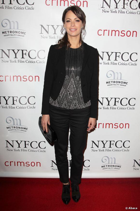 """Avec le succès de """"The Artist"""", Bérénice Bejo investit avec classe le red carpet américain."""