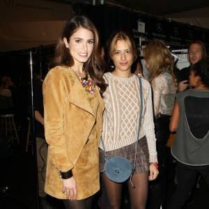 Nikki Reed prend la pose avec la créatrice Charlotte Ronson après son show.