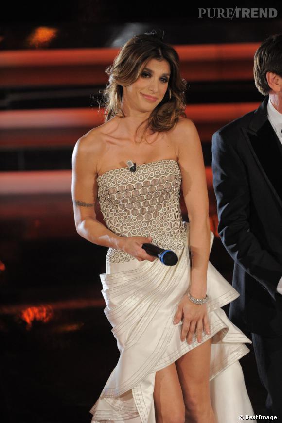 Elisabetta Canalis joue les présentatrices au 62ème festival de la musique de San Remo en Italie.
