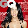 Pour coller à son image de bombe sexuelle, Megan Fox tire la langue en bikini.