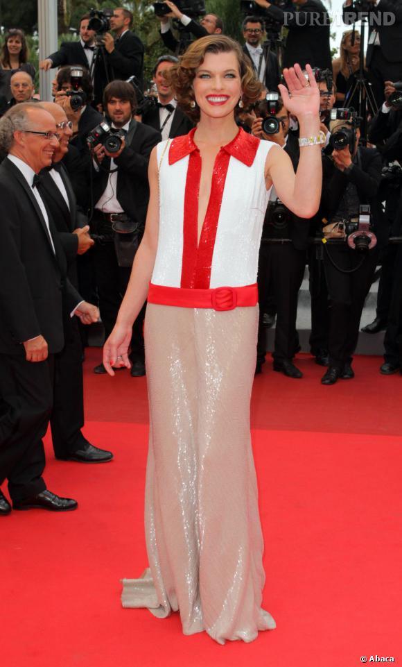 En 1998 et 1999, Milla Jovovich fait campagne pour Hypnotic Poison.