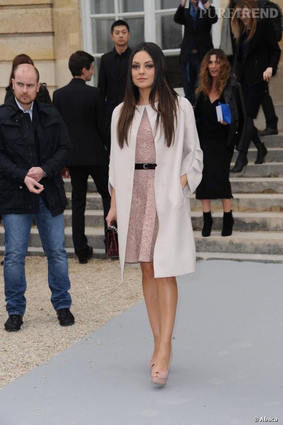 Mila Kunis, la dernière égérie des sacs Lady Dior.