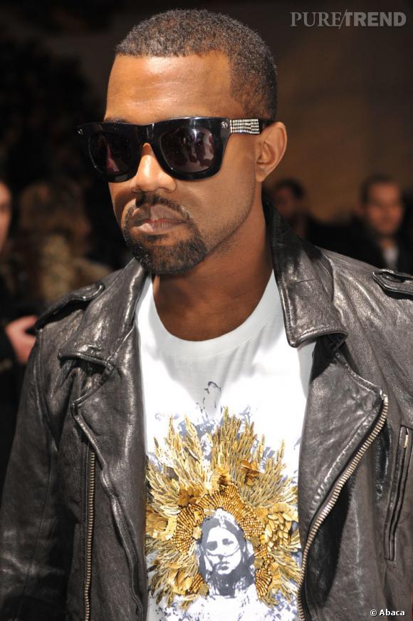 """Kanye West, on t'aime pour... tes goûts """"modérés"""" en matière de bling."""