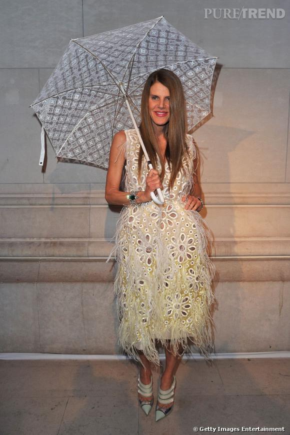 Anna Dello Russo en total look Louis Vuitton Printemps-Eté 2012.