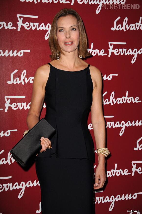"""Carole Bouquet à la soirée de vernissage de l'exposition """"Sainte Anne"""" par Leonard De Vinci organisée par Salvatore Ferragamo au Musée du Louvre."""