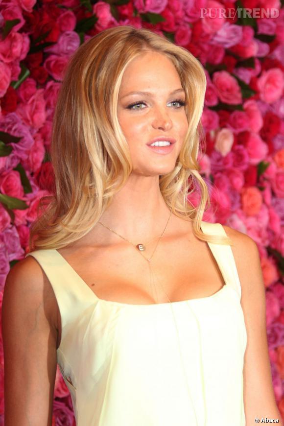 Lindsay Ellingson, une blondeur à faire pâlir.