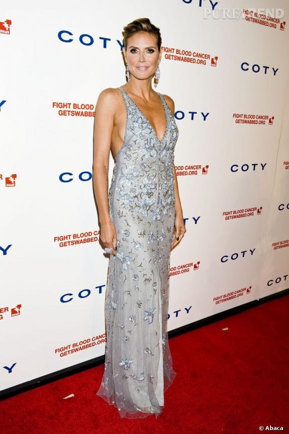 Heidi Klum lors de du DKMS Linked Against Blood Cancer gala à New York.