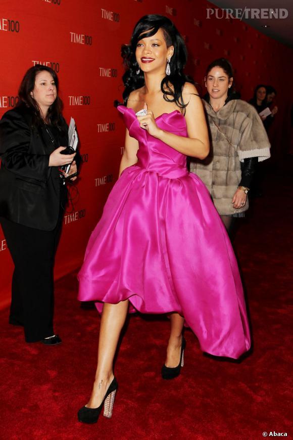 Lors d'une de ces dernières apparitions, Rihanna portait les Bois Doré, un modèle proche des Bibi mais version estival.