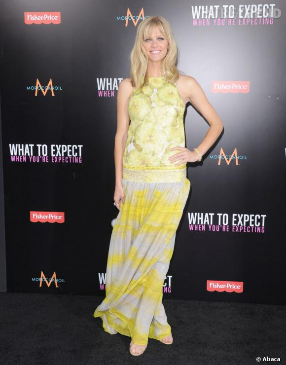 "Brooklyn Decker à la Première du film ""What To Expect When You're Expecting"" à Hollywood le 14 mai."