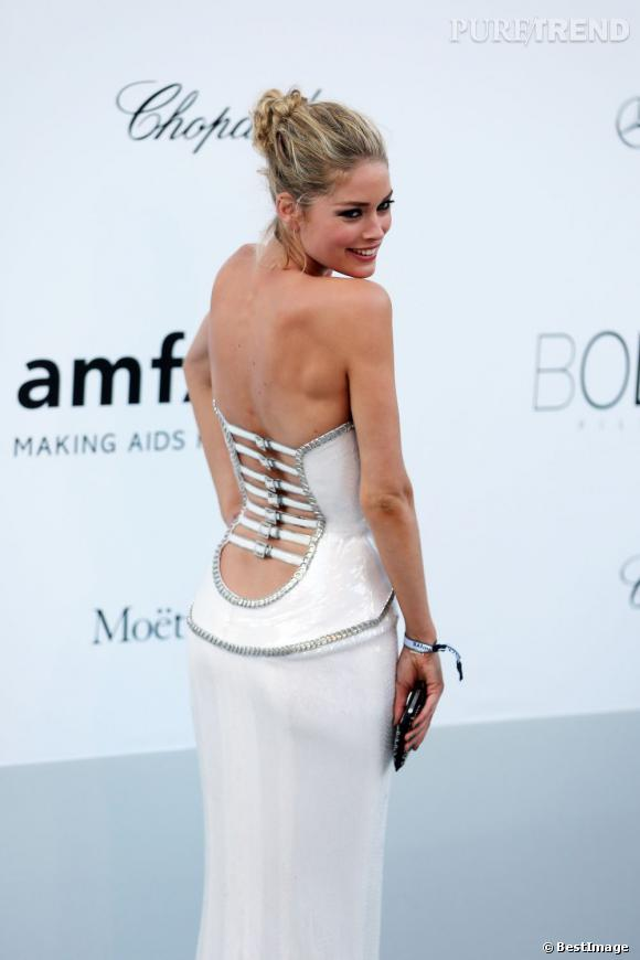 amfar 2012 doutzen kroes une chute de reins tomber. Black Bedroom Furniture Sets. Home Design Ideas