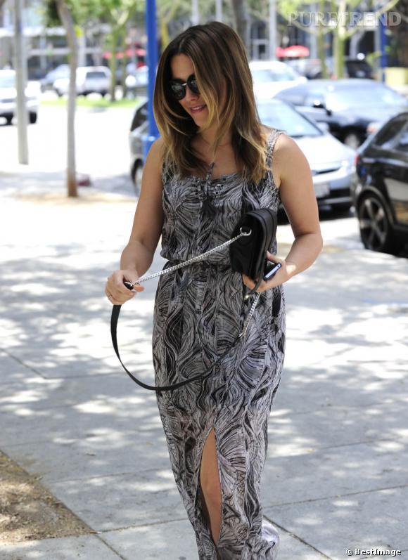 Sophia Bush s'apprête à aller faire du shopping dans West Hollywood