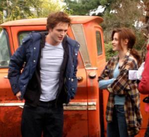 Kristen Stewart et Robert Pattinson : déjà très complices sur des photos inédites du premier Twilight