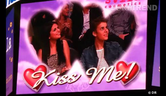 Selena Gomez et Justin Bieber : une cible toute trouvée pour la Kiss Cam !