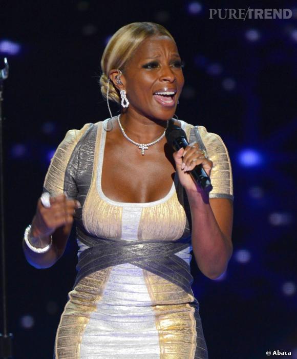 Parmi les stars en concert : Mary J Blige.