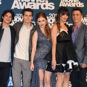 """Holland Roden et le casting de """"Teen Wolf"""" aux """"MTV Movie Awards""""."""