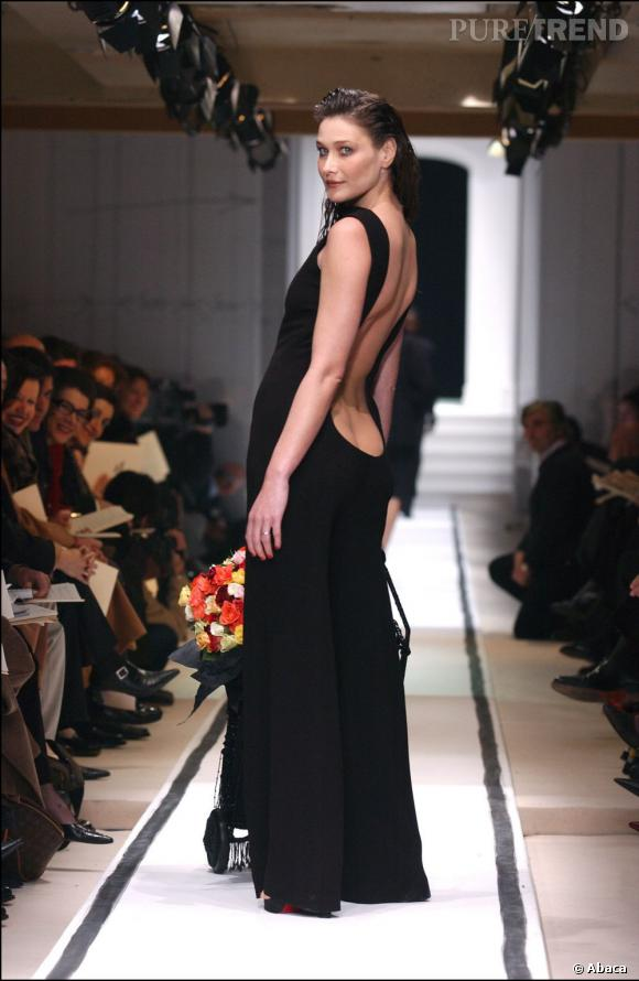 Mannequins italiens : notre top 5 Carla Bruni Défilé Jean Paul Gaultier Haute Couture 2002