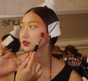 Beauté : dans les backstages du défilé Tsumori Chisato
