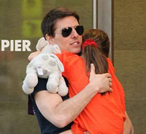 Tom Cruise : accusé d'abandonner Suri, il attaque la presse people
