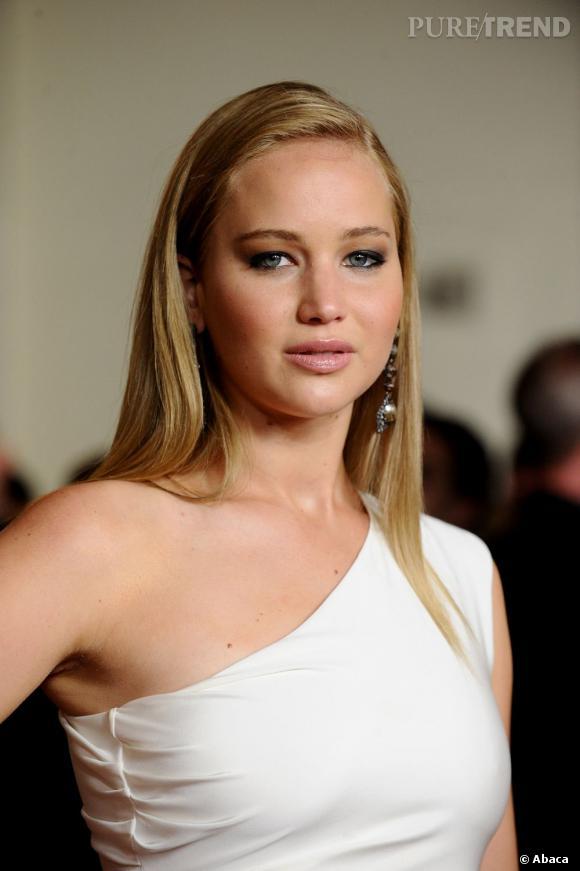 Nouvel essai lissage pour l 39 actrice qui opte galemment - Femme pulpeuse image ...