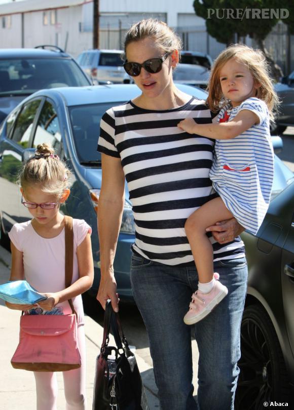 Jennifer Garner et sa fille Ava : la tendance des rayures horizontales.