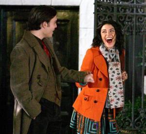Si le personnage de Chuck est toujours très chic, celui de Vanessa est plus audacieux. L'actrice porte souvent des vêtements aux motifs voyants.