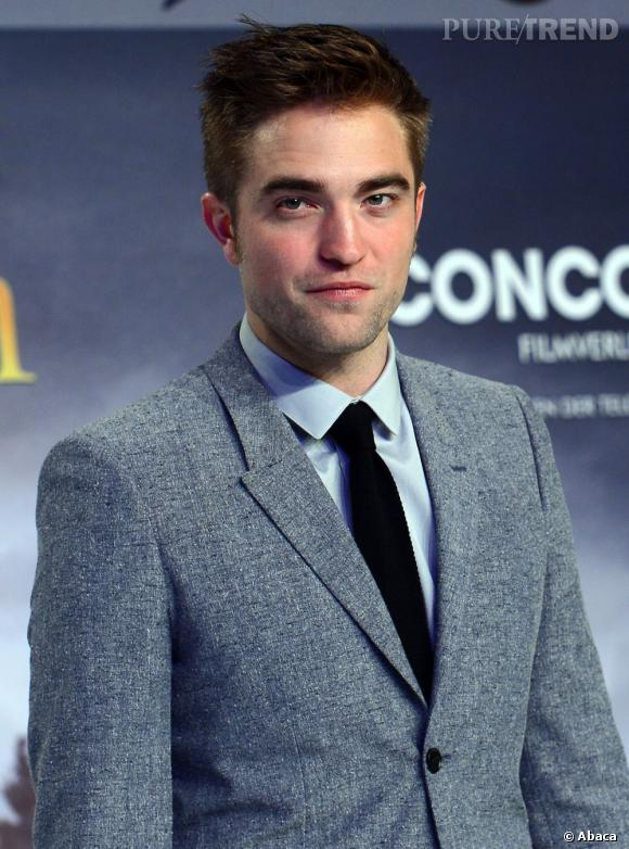 """Les hommes de l'année 2012 : Robert Pattinson Son année 2012 : A l'affiche de """"Bel Ami"""" et de """"Cosmopolis"""" (présenté au Festival de Cannes), il a enfin dit au revoir à son rôle de vampire avec le dernier opus de """"Twilight"""". Robert Pattinson a aussi été impliqué dans l'un des plus gros scandales de 2012, vilainement cocufié par Kristen Stewart."""