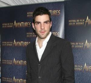 Zachary Quinto va lui aussi monter sur scène pour les MTV Movie Awards 2013.