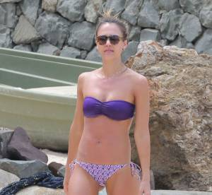 Jessica Alba en vacances : Missoni, Chanel, Tory Burch... Sa panoplie parfaite a copier !
