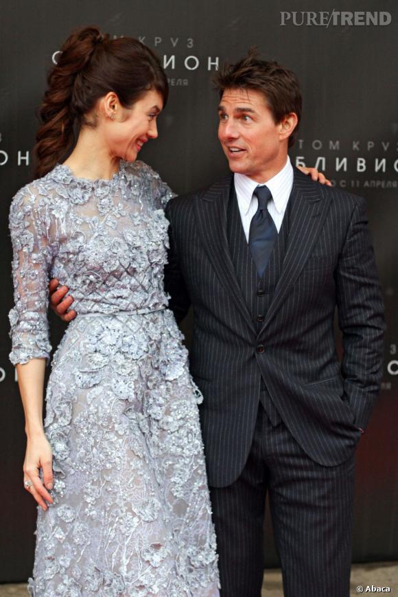 """Tom Cruise et Olga Kurylenko font la promotion d'""""Oblivion"""" : difficile de croire aux rumeurs qui les disent en couple."""