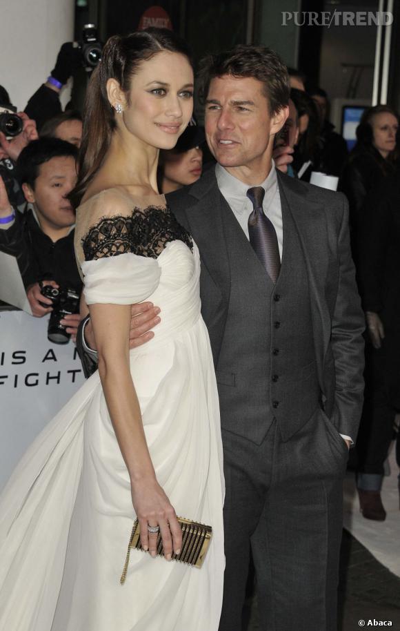 """Tom Cruise et Olga Kurylenko font la promotion d'""""Oblivion"""" : la belle a déjà quelqu'un dans sa vie."""