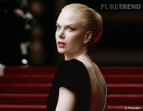 Nicole Kidman, Audrey Tautou, Brad Pitt.... Chanel N°5 et les stars, une histoire passionnelle.