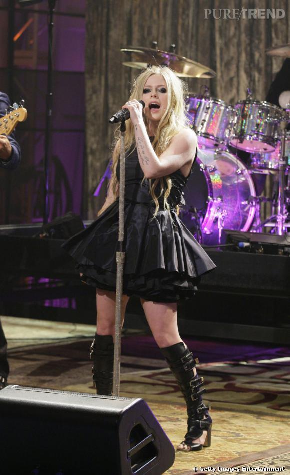 Avril Lavigne a prévu une chanson sur Hello Kitty dans son prochain album.