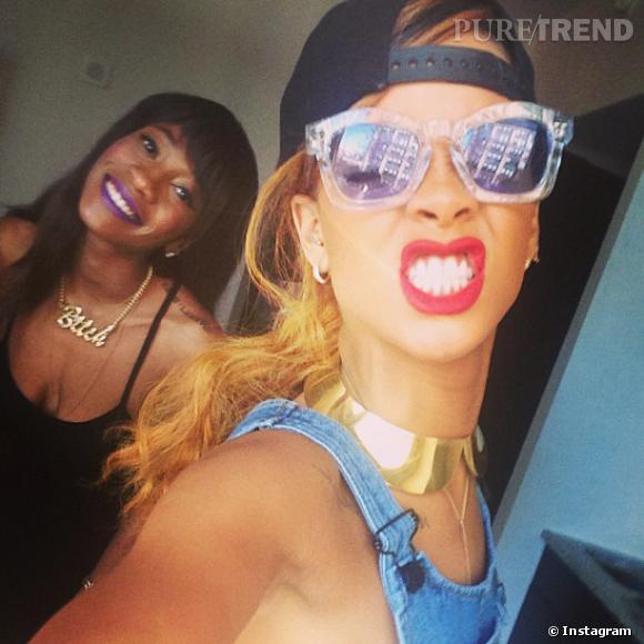 Rihanna est toujours aussi active sur Twitter, on ne s'étonne donc pas d'y voir quelques attaques adressées à Chris Brown.