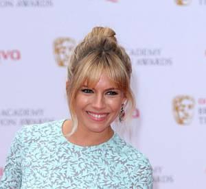 Sienna Miller : retro acidule pour les British Academy Television Awards 2013