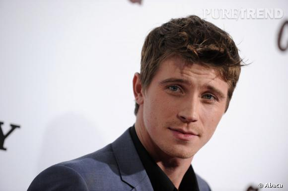 Garrett Hedlund, l'Apollon d'Yves Saint Laurent beauté.