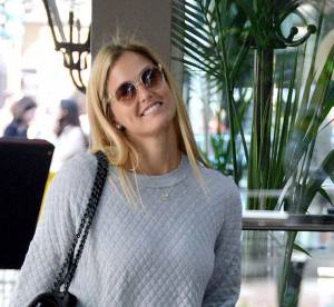 Bar Refaeli : le look casual chic... A shopper !