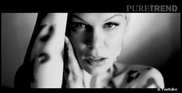 Jessie J son nouveau single Wild entre directement à la troisième place du BIG Top 40 anglais.