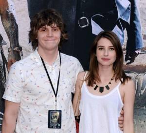 """Evan Peters et Emma Roberts à l'avant-première de """"Lone Rangers"""" à Los Angeles."""