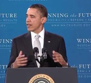 """Un internaute s'est amusé à faire chanter """"Get Lucky"""" des Daft Punk à Barack Obama en piochant dans plusieurs de ses discours. Une parodie hilarante !"""