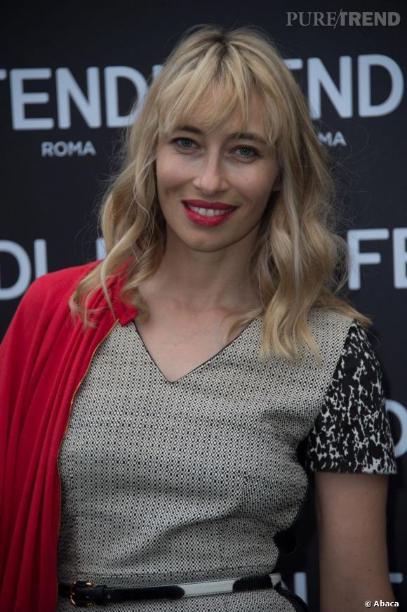 """La présentatrice télé Alexandra Golovanoff à l'inauguration de l'exposition """"The Glory of Water""""."""
