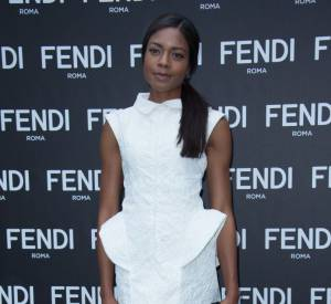 """L'actrice Naomie Harris à l'inauguration de l'exposition """"The Glory of Water""""."""
