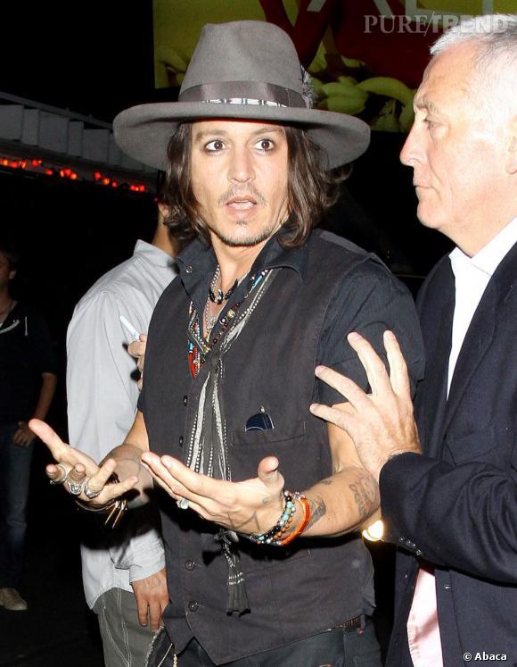 Johnny Depp raconte sa soirée avec les One Direction.