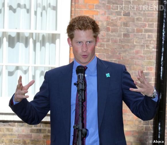 On a jamais dit au Prince Harry que la jalousie était un vilain défaut ?