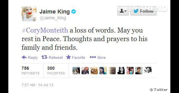 """""""Repose en paix"""" écrit Jaime King."""